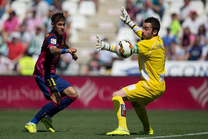 Rectifica en diez días o huelga indefinida en el fútbol español