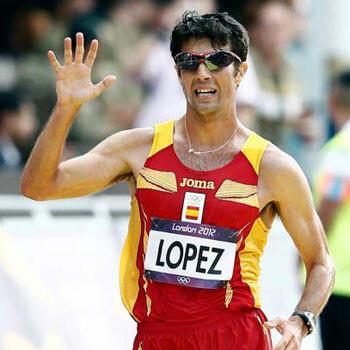Miguel Ángel López da a España la primera medalla en Moscú