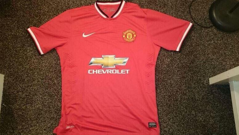 Las camisetas del Manchester United 2014 15 dc03a4f95309d