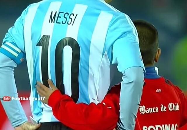 La 'selfie' más amarga de Leo Messi con un niño chileno