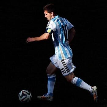 Messi jugará contra Brasil y Hong Kong, en Pekín