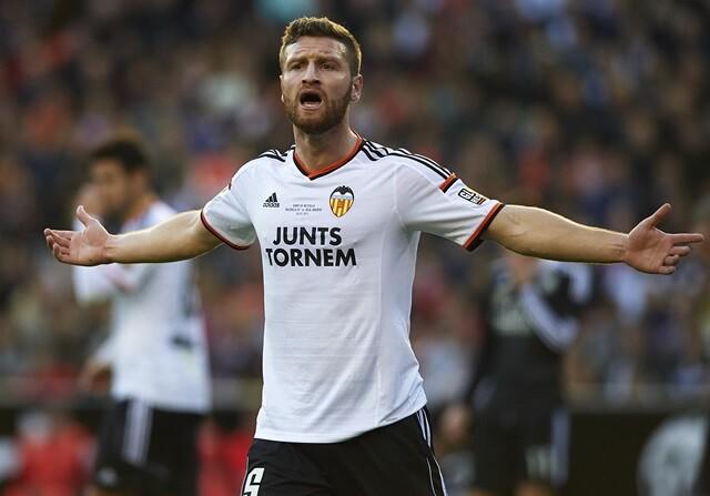 "Mustafi: ""No existe jugador que no se alegre del interés del Real Madrid"""