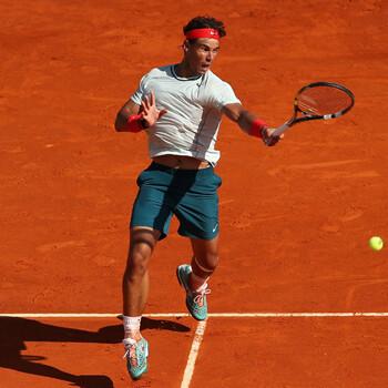 Nadal avanza y Ferrer cae en su estreno en el Godó