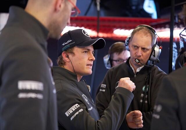 Nico Rosberg rompe el crono... ¡y dice que no ha estado cómodo!