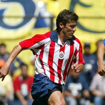 Ramón Ramírez, ex figura de Chivas, asegura que su traspaso al América manchó la rivalidad