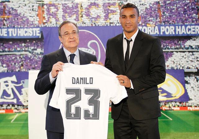 Danilo ha sido presentado como nuevo jugador del Real Madrid y su dorsal  elegido ha sido el 23 9e107281f6763