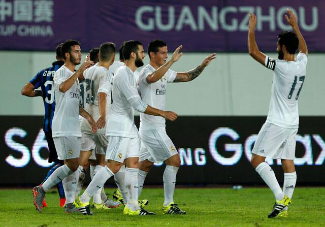 ¿Quién debe tirar las faltas en el Real Madrid?