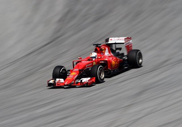 Ferrari vuelve a ganar casi dos años después