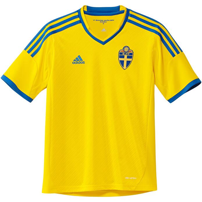 e99d6443959d9 Camisetas de fútbol - SPORTYOU