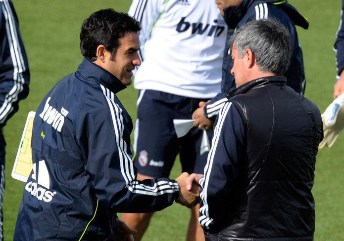 Mourinho sigue atizando a Toril y a la cantera