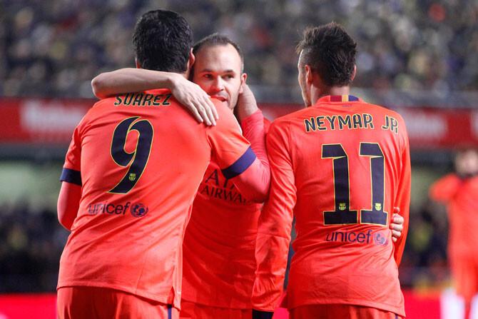 El Barça finiquita al Villarreal en tres minutos