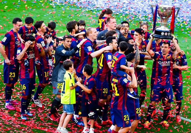 La fiesta del Barça se funde con la del Depor