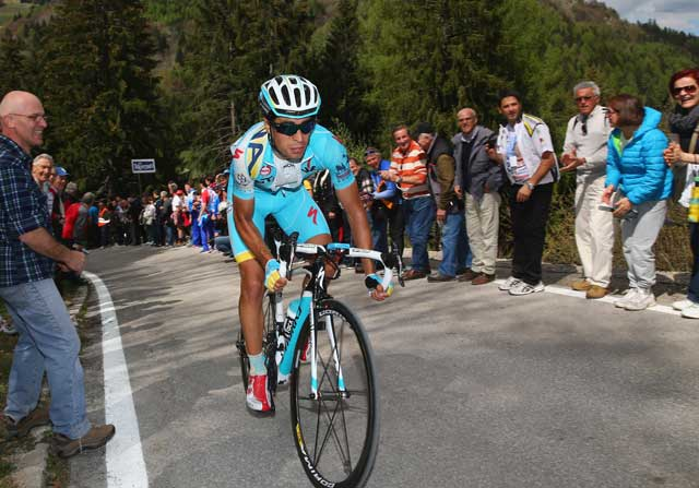 Mikel Landa hace historia en la Vuelta