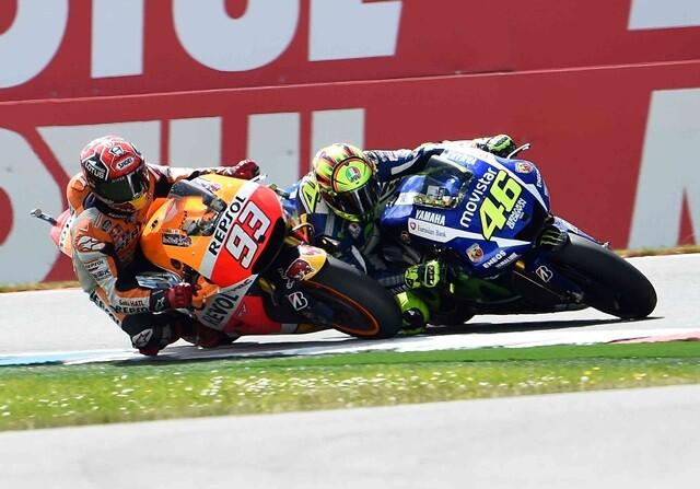 Incidente entre Rossi y Márquez en Malasia