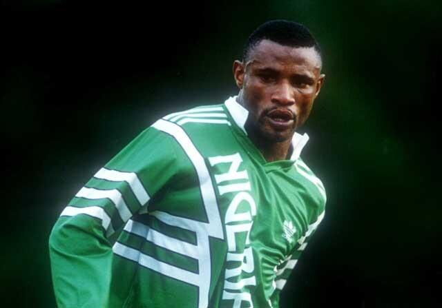 Emmanuel Amunike, con Nigeria