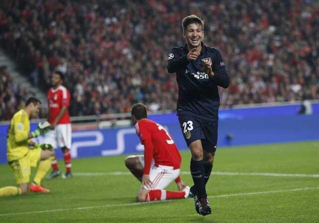 Vietto celebrando un gol con el Atlético de Madrid