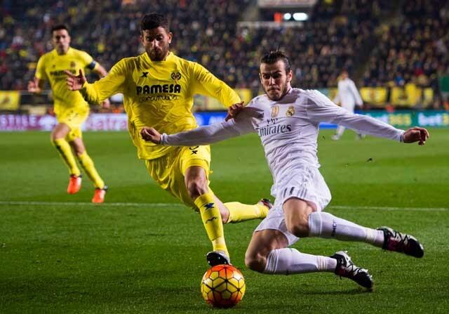 Gareth Bale jugando contra el Villarreal con el Real Madrid