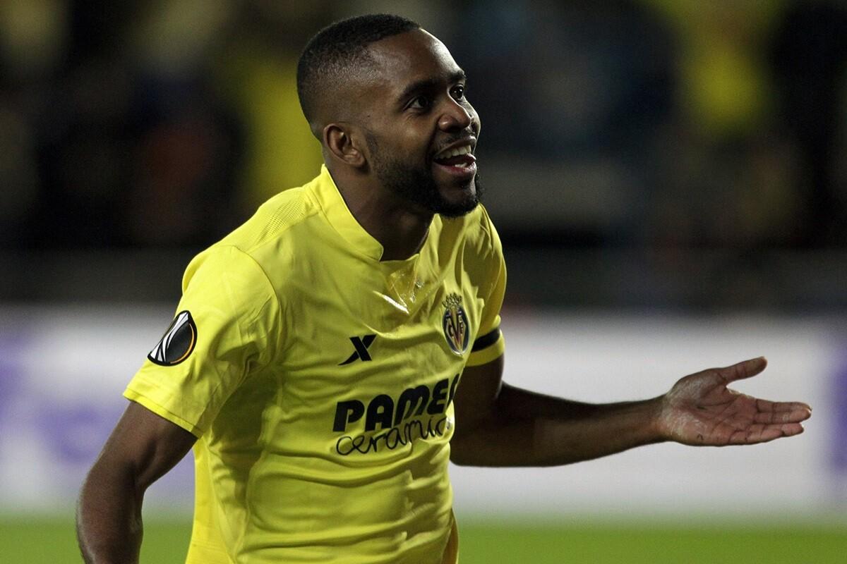 Bakambu con el Villarreal en octavos de la Europa League