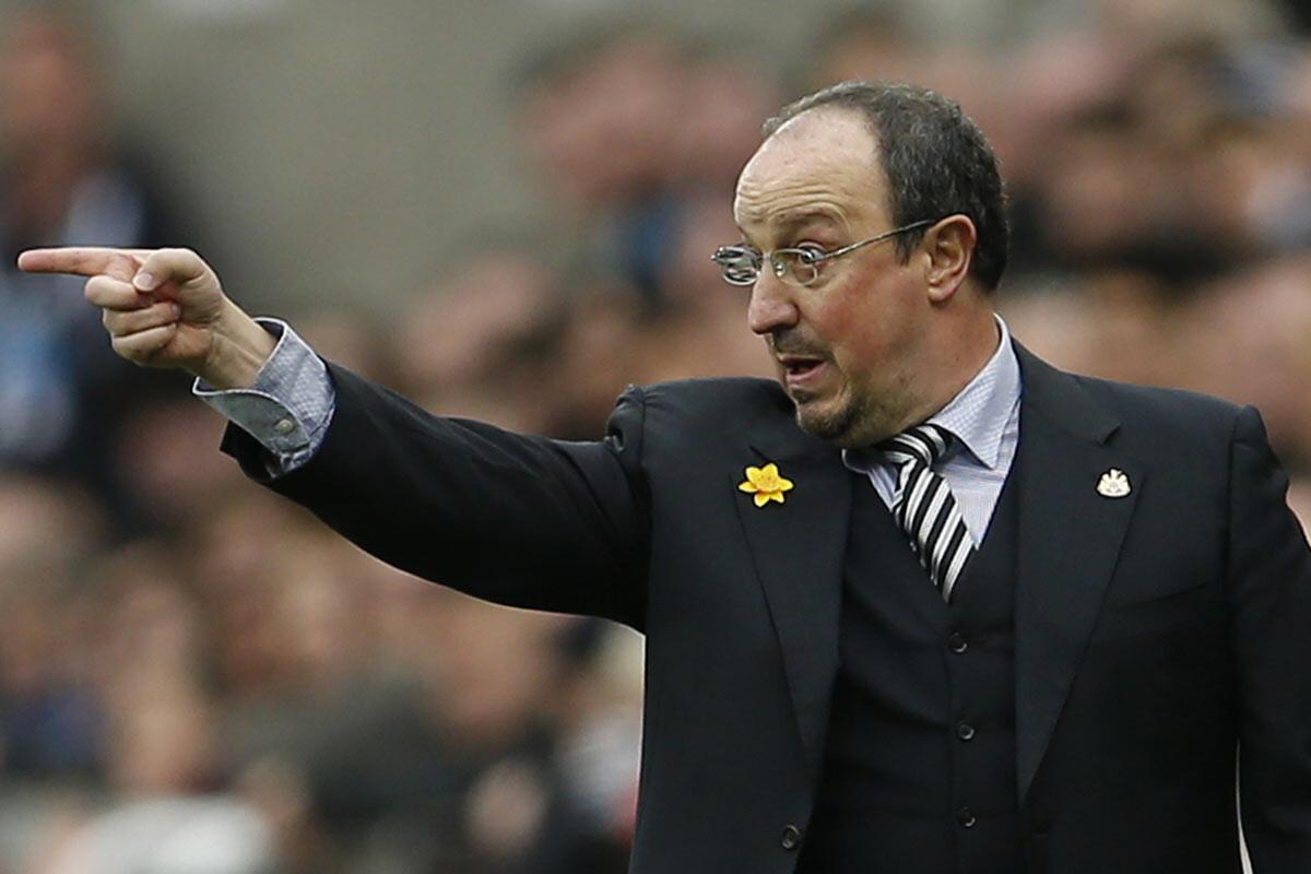 Rafa Benítez, técnico del Newcastle