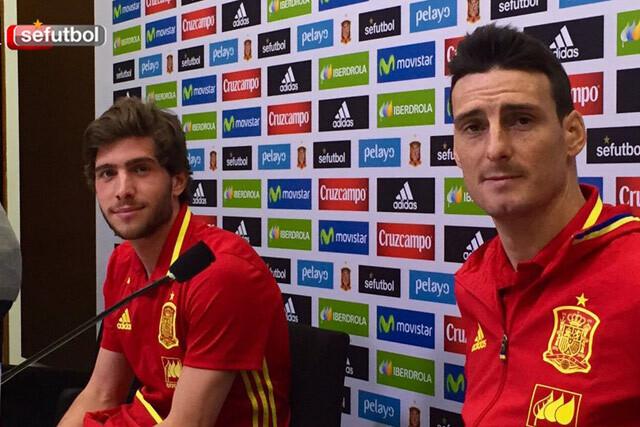 Aduriz y Sergi Roberto