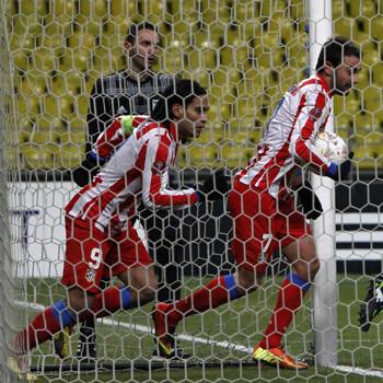 Adrián y Falcao tras marcarle al Rubin