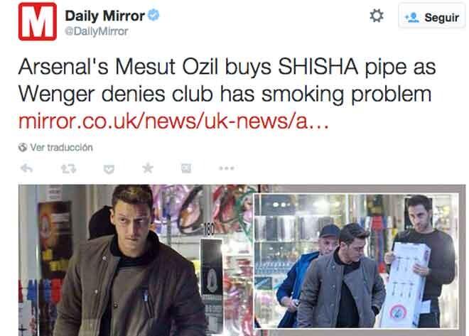 Pillan a Özil comprando una cachimba
